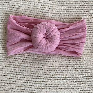 Baby knot headband. Pink.